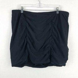 Torrid Plus Size 2 18/20 Black Ruched Swim Skirt